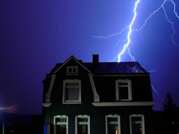 Молниезащита частного дома: нужна ли она, внутренняя и внешняя защита