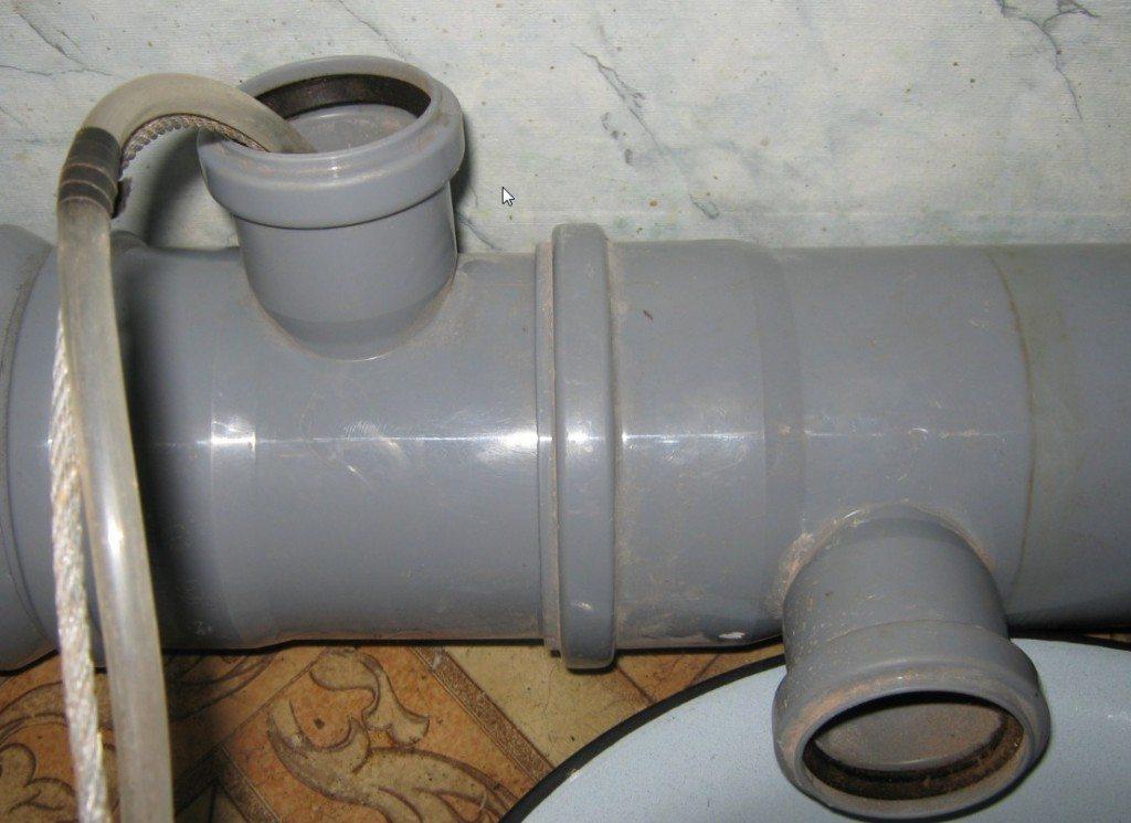 как разморозить воду в трубе