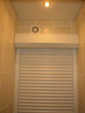 как спрятать в туалете трубы