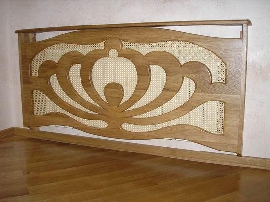 комбинированная конструкции -  сплошная зашивка плюс съемный короб, возможна при сложном расположении труб