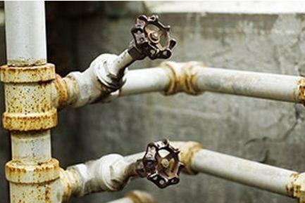 как поменять водопроводные трубы