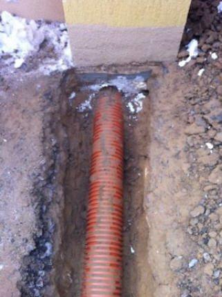 замерзла труба канализационная