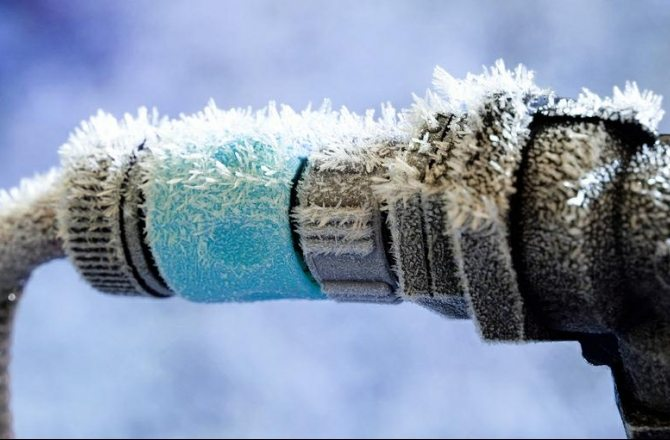 Как сделать чтобы вода в майнкрафт не замерзала