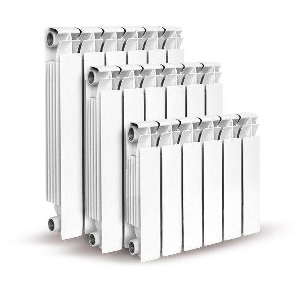 Алюминиевые радиаторы с разным межосевым расстоянием подводок.
