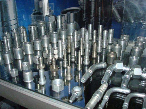 Эти изделия предназначены для работы в гидравлических системах.