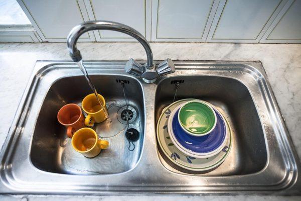 Грязная посуда, не самое приятное зрелище
