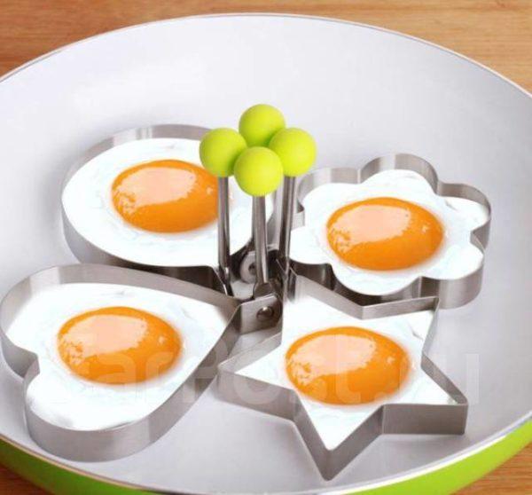 Форма для яичницы – просто и красиво.