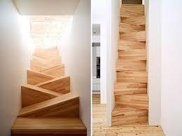 Лестница с треугольными ступенями.