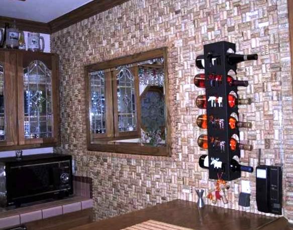 Необычное решение для вашего дома – стена из винных пробок.