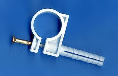 крепление для пластиковых труб