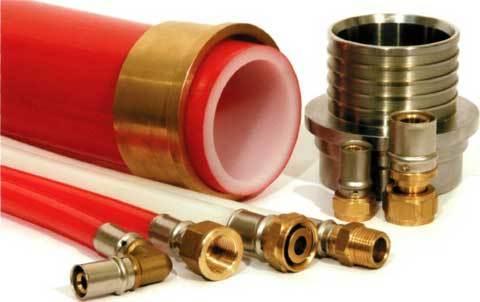 Латунный фитинг для ПНД трубы от компании REHAU является примером качественного элемента соединения.