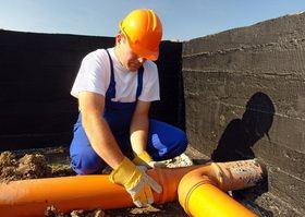 наружная система канализации из ПВХ труб при строительстве дома