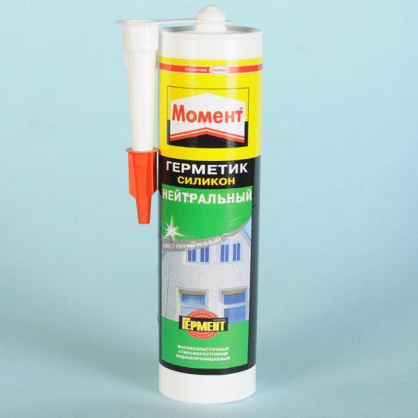 Нейтральный герметик от компании Henkel.