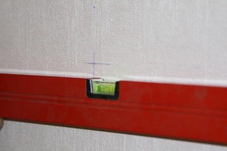 Правильная разметка очень важна, так как при перекосах в радиаторах будут образовываться воздушные пробки