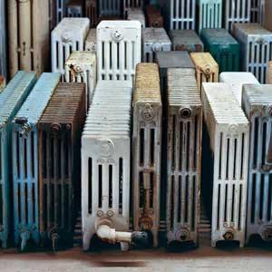 Среди старых батарей можно найти настоящие шедевры, нуждающиеся в реставрации