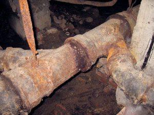 замена сливной трубы